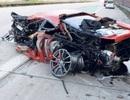 Siêu xe Ferrari 430 Scuderia tan nát vì nổ lốp