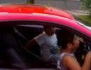 """Cho con trai 9 tuổi lái siêu xe Ferrari, bố bị cảnh sát """"sờ gáy"""""""