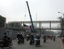 Hà Nội tháo dỡ hai cầu bộ hành để xây cầu vượt