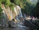 Khám phá những thác nước đẹp nhất dưới chân núi Phan Si Păng