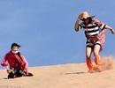 Ngày hè nóng bỏng, rủ nhau đi... trượt cát sa mạc