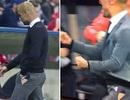 Bayern Munich đại thắng, Guardiola phấn khích đến...rách quần