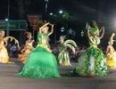 """Tưng bừng """"lễ hội đường phố"""" trên xứ dừa"""
