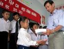 """""""Một triệu cuốn vở…"""" đến với học sinh nghèo Bạc Liêu"""