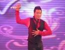Xem nam ca sĩ hải ngoại Nguyễn Hưng nhảy lả lướt ở Cần Thơ