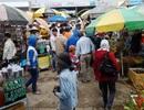 """Bát nháo chợ """"mọc"""" trước nơi linh thiêng Phật Bà Nam Hải"""