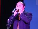 Phó Chủ tịch xã trổ tài thổi kèn lá, truyền cảm hứng cho SV Hà Nội