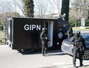 Pháp: 10 tay súng bịt mặt tấn công cảnh sát Marseille