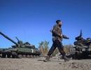 """Quân chính phủ Ukraine """"đồng loạt buông súng"""" rút khỏi Debaltseve"""