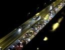 Hà Nội: Đường trên cao ùn tắc nghiêm trọng trong đêm
