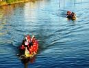 """Sông Gò Bồi """"tung sóng"""" đua thuyền truyền thống"""