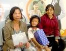 Hơn 100 triệu đồng đến với ba mẹ con bé Tuấn