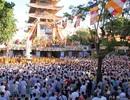 4.000 phật tử TPHCM kính mừng lễ Phật đản
