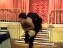 """""""Chú rể, cô dâu ngã lộn cổ trong đám cưới"""" là clip nổi bật nhất tuần qua"""