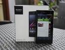 """Mở hộp smartphone """"siêu camera"""" Xperia Z1 tại Việt Nam"""