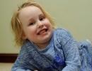 Bé gái 4 tuổi nghiện ăn… vải