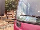 Giành khách sau Tết, nhóm côn đồ đập vỡ kính ô tô, truy đuổi tài xế