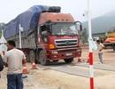 Tạm đình chỉ 3 cán bộ trạm cân lưu động Nghệ An