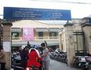 """Hà Nội: Trụ sở các cơ quan quận Cầu Giấy trở thành bãi gửi xe """"chặt chém"""" khách"""