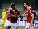 """""""Sao"""" AC Milan bẽ mặt vì...cậu bé nhặt bóng"""