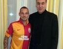 """Ngó lơ"" Premier League, Sneijder chính thức cập bến Galatasaray"