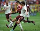 AC Milan thoát hiểm nghẹt thở, Inter đại bại trước Napoli