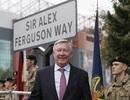 Alex Ferguson hạnh phúc với con đường mang tên ông