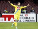 Higuain lập cú đúp, HLV Seedorf nếm trái đắng đầu tiên ở Serie A