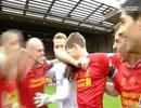 Gerrard bật khóc sau chiến thắng trước Man City