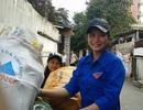 Khi sinh viên làm từ thiện bằng...nhặt rác