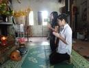 Hàng trăm thí sinh đến đền, chùa cầu may thi tốt nghiệp