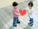 Trẻ tiểu học… yêu, cha mẹ mếu