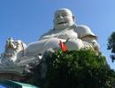 Ngắm tượng Phật Di Lặc lớn nhất trên đỉnh núi ở châu Á