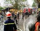 Hà Nội: Cháy quán cà phê, khách hàng hốt hoảng tháo chạy
