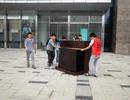 Hà Nội: Chủ hàng ngơ ngác dọn đồ rời Parkson Keangnam