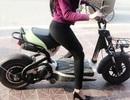 Kẻ giật đồ của phụ nữ đi xe đạp điện sa lưới
