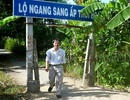 Cựu chủ tịch tỉnh chắn đường đi của dân