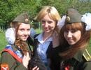 Nữ sinh trường quân sự Nga rạng ngời ca hát ngày tốt nghiệp