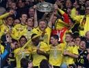 Dortmund tưng bừng lên ngôi, Bayern đẩy Cologne xuống hạng