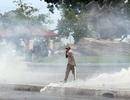 Cảnh sát Campuchia dùng hơi cay giải tán đám đông biểu tình