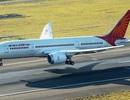 Siêu máy bay Dreamliner bị lở một mảng thân khi đang bay