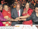 Phu nhân Tổng thống Nam Phi bị hãm hiếp
