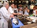 Cận cảnh lớp nấu ăn đặc biệt của hai đầu bếp thượng hạng Michel Roux và Giancarlo Perbellini tại Việt Nam