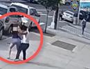 Săn lùng kẻ lạ mặt sờ ngực phụ nữ trên phố