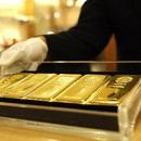 Giá vàng tăng vọt xác lập đỉnh mới, tiến dần tới mốc 49 triệu đồng/lượng
