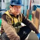 """""""Ế show"""" thời Covid-19, Bằng Kiều ở nhà làm nông dân, lao động chân tay"""