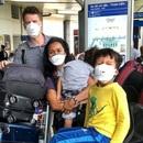 Người Mỹ trở về từ Việt Nam sốc trước cách chống dịch tại quê nhà