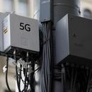 Người dân Anh đốt trạm phát sóng 5G vì lo sợ phát tán virus Corona