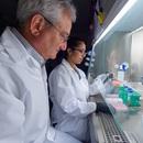 Vắc-xin coronavirus do Bill Gates tài trợ bắt đầu thử nghiệm trên người