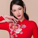 Quỳnh Chi hóa cô dâu nữ tính